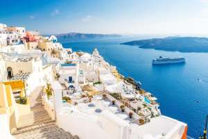 Santorini holidays £275pp 7nts 4* hotel, breakfast & flights @ Holiday Pirates