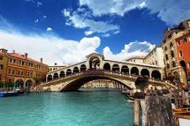 From London: Valentine's Day in Venice (2 Day/1 Night Stay) 5 mins from St Marks for £137.54 £68.77pp @ Ebookers