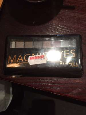 Wilko Newcastle - rimmel magnie'eyes eye shadow 20p instore