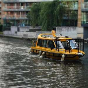 Manchester water taxi WAXI boat free journeys tonight 7 November only until 10:30, Spinningfields to media city , trafford centre etc