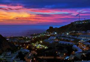January 2018, return flights to Gran Canaria from Leeds Bradford £43.50pp with Ryanair