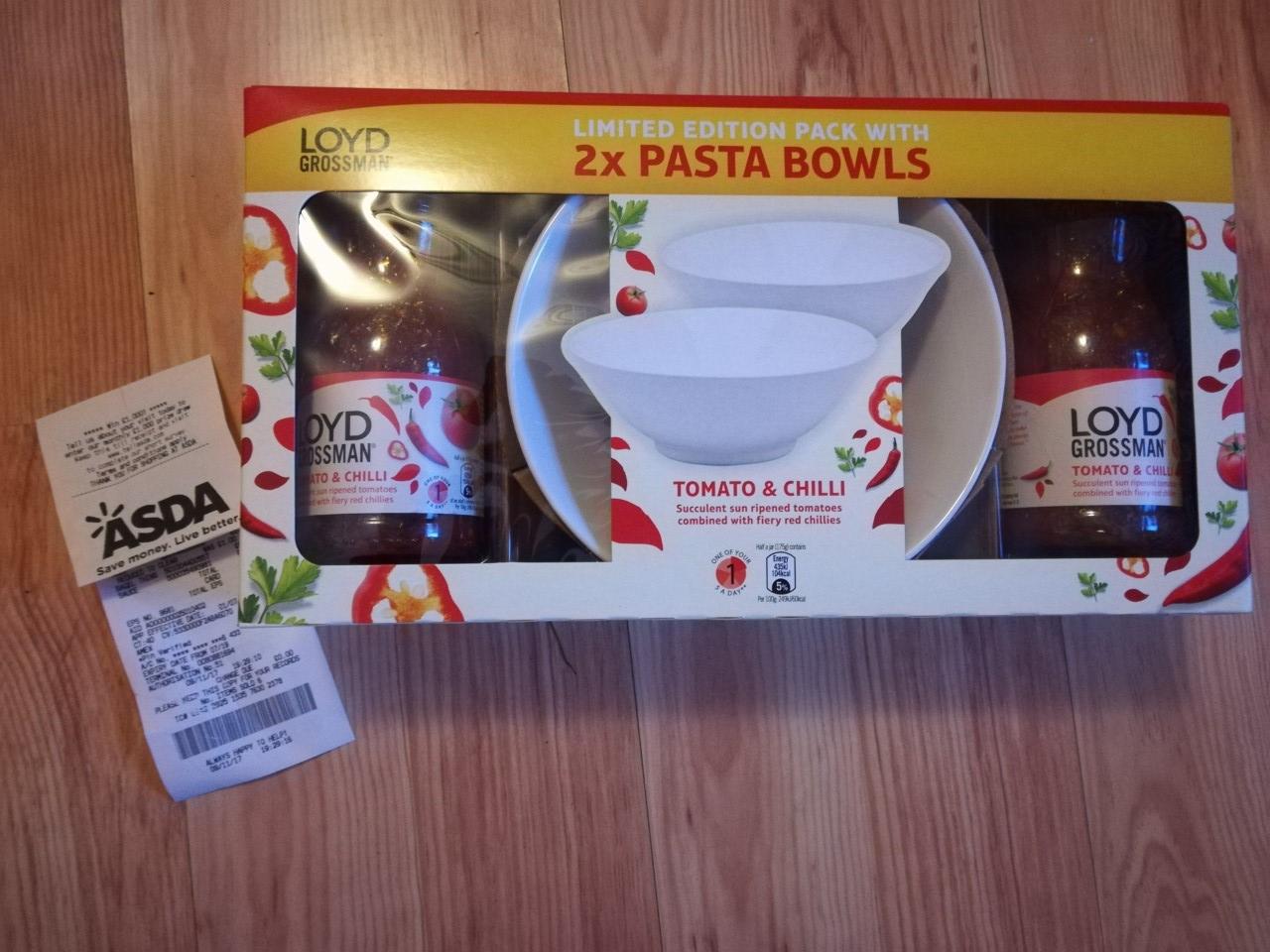 2 x Lloyd Grossman jars tomato & chilli + 2 pasta bowls instore @ Asda (Redditch) - £3