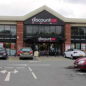 Warrington Discount UK - Nearly everything Half price - Warrington - All Xmas paper, Xmas Bags, Labels, De-Icer, Homeware, Xmas Decorations 50p