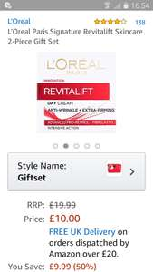 L'Oreal Paris Signature Revitalift Skincare 2-Piece Gift Set (50 ml Revitalift anti wrinkles day cream / 50 ml Revitalift anti wrinkles night cream + L'Oreal makeup bag @ Amazon for £10.00! / £14.75 non prime