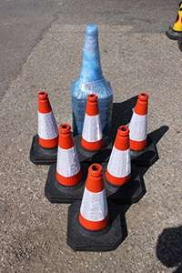 6 Standard Traffic Cones - Amazon Lightnig Deal, £26.39 for Prime members