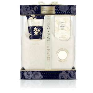 Baylis+Harding slipper gift set now £4.00 c+c @LloydsPharmacy