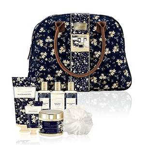 Baylis & Harding Royale Bouquet Relax and Retreat Weekend Bag -was £40, now £20 @ Amazon