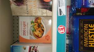 200 light healthy curries Book . £1 Poundland