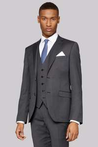 DKNY SUIT - this season!! Reduced from £299 to £119!!!       Mods: **Please do not post / offer / ask for referals
