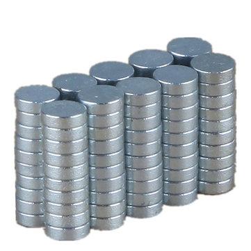 100PCS 3mm x 1mm N35 Rare Earth Neodymium Super Strong Magnets £1.54 Banggood