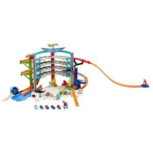 Hot Wheels ultimate garage - £37.48 at toys r us including delivery