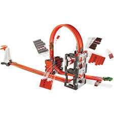 Hot wheels track builder construction crash kit £13.98 at Amazon Prime (or £16.97 non Prime)