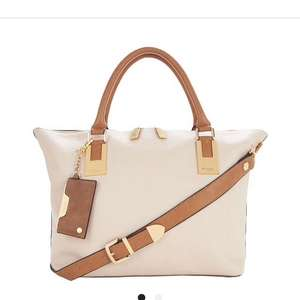 Dune Tote bag £31.49/£35.44 delivered at bargain crazy
