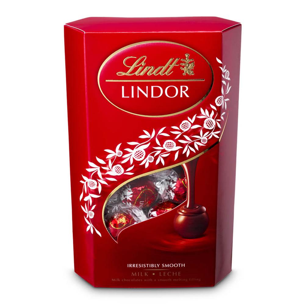 Lindt Lindor Milk Chocolate Truffles (337g) Now £5.25 at Wilko