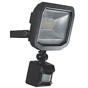 LUCECO GUARDIAN SLIMLINE LED PIR FLOODLIGHT BLACK 15W - £7.79 at Screwfix