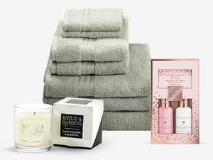 7 Piece Egyptian Cotton Towel Bale and 2 Baylis and Harding Gift Sets £24.99 @ IWOOT