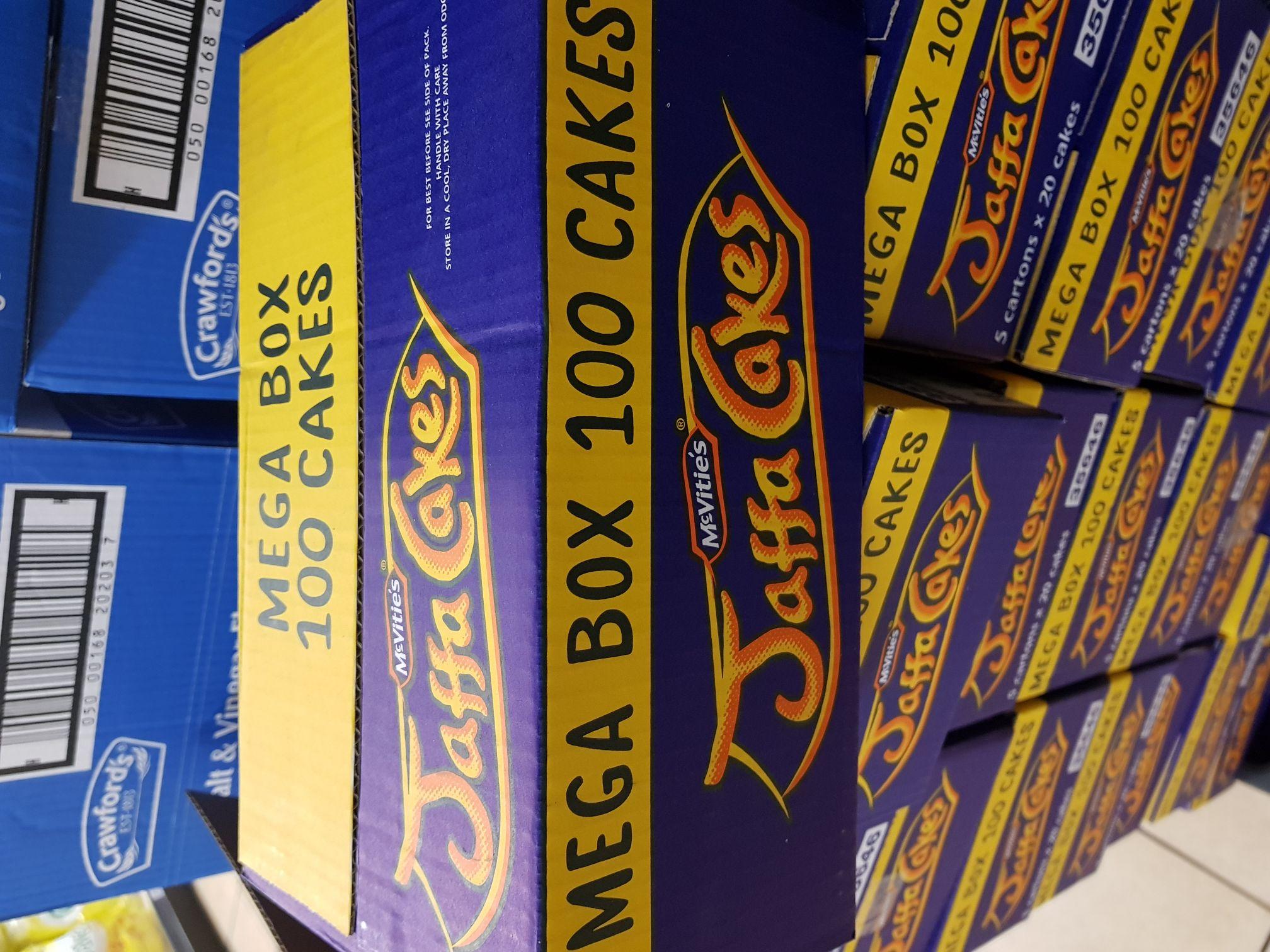 Jaffa cake megabox (5 cartons X 20 cakes) £3.99 @ farmfoods