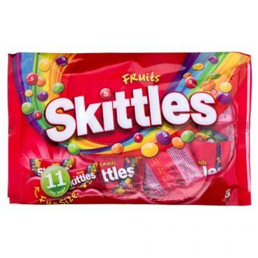 Skittles Fruits Bag (152g) / Skittles Fruits Funsize (198g) / Skittles Darkside Funsize (198g) ONLY £1.00 each @ Poundland