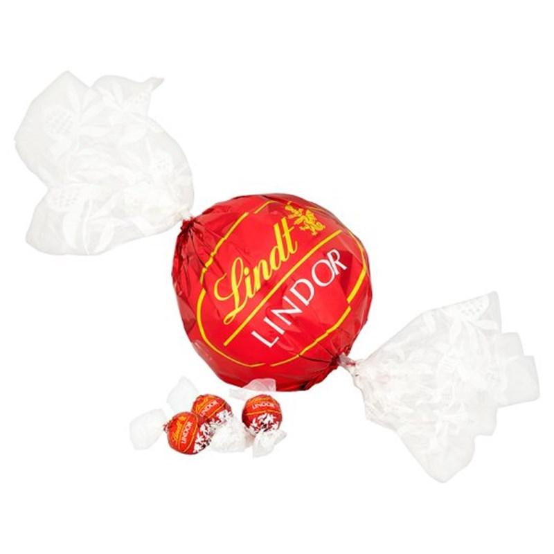 Lindor Maxi Ball - 550g £8.38 Costco