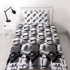 Character World Star Wars Episode 7 Awaken Duvet Set, Single £7.48 (Prime) / £12.23 (non Prime) at Amazon