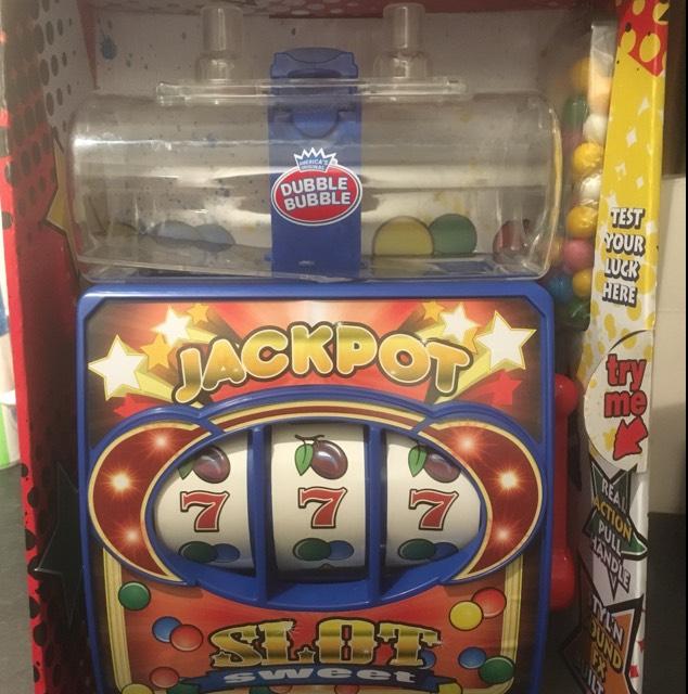 Dubble bubble gum ball machines - £2.99 instore @ Home Bargains