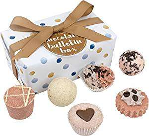 Bomb cosmetics Chocolate ballotin gift set - £8.42 @ Amazon Prime / £12.41 non-Prime