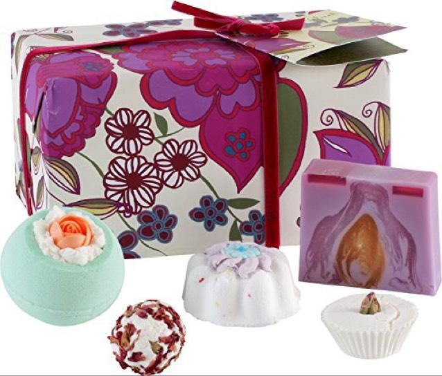 Bomb Cosmetics Vintage Velvet Handmade Gift Pack save £6 @ Amazon Prime