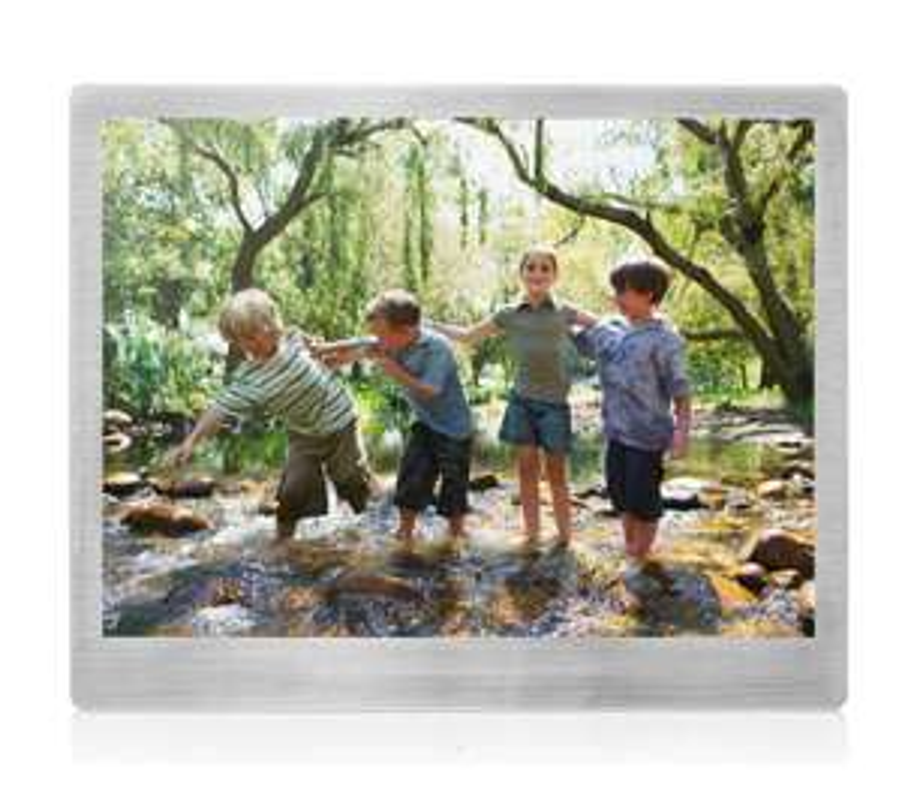"Sandstrom 9.7"" Digital photo frame - Currys/PC World instore - £59.99"
