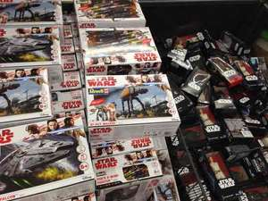 "STARWARS BUILD & PLAY SETS £9.99 ALSO 6"" Figures £6.99 in Lidl"