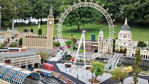 *Now with an extra 10% off - prices from as little as £31.25pp - LEGOLAND® Offer - Family of four, 2 days entrance to LEGOLAND® Windsor Resort, breakfast and Kids Eat FREE at the Hotel from just £31.25pp (Based on a Fam 4) - (Offer ends 31st Jan)
