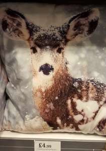 Festive Deer cushions £4.99 - home bargins