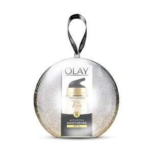 Olay Total Effects Day Cream SPF15 15ml Bauble @ Superdrug - £5