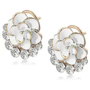 Camellia Shape Diamond-studded Stud Earring 0.50p delivered