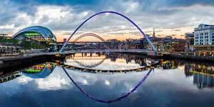 1 Night Stay at Sandman Signature Hotel, Newcastle for 2 people in a King Room + Full Cooked Breakfast + Bottle of Prosecco + Late Checkout just £39.50pp (£79) via Travelzoo (2 nights for £129)