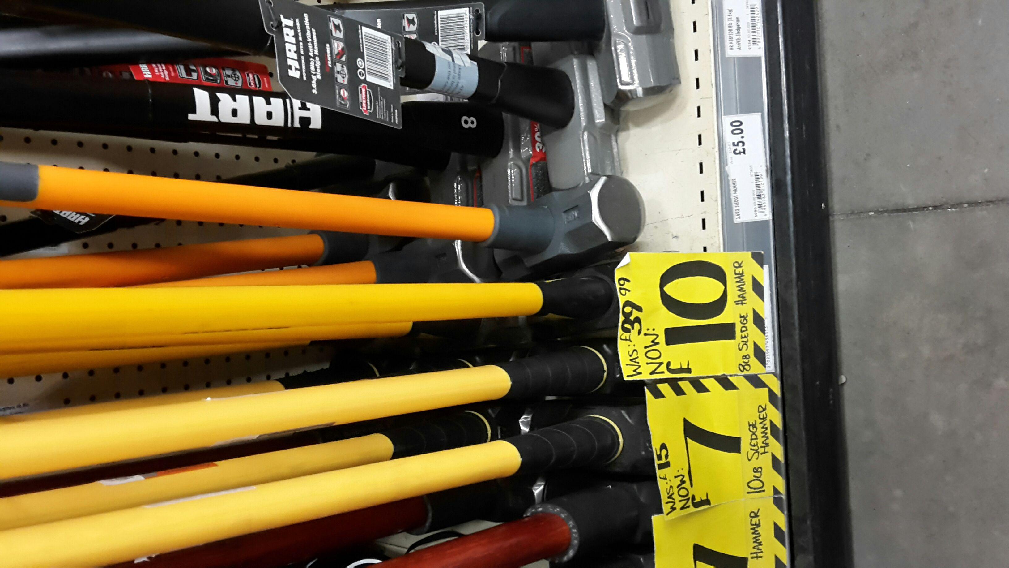 Roughneck 8lb long handled sledgehammer at Homebase Lincoln £10