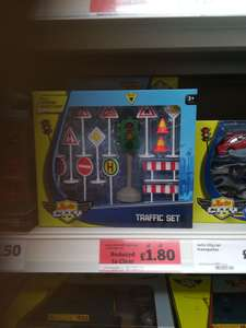 Auto City traffic lights play set - £1.80 instore @ Sainsbury's