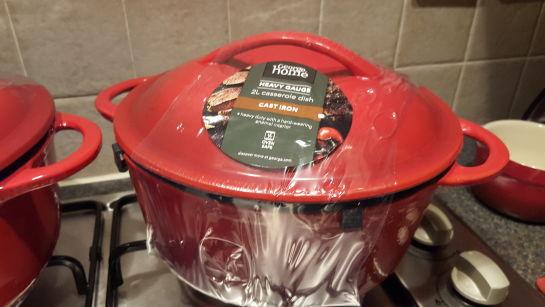 2L casserole dish - heavy guage - cast iron £5 instore @ Asda (George Home range)