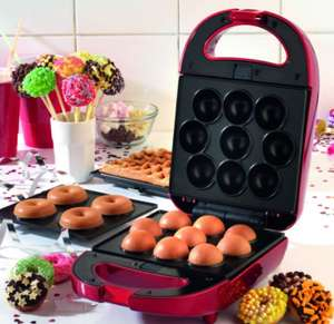 Giles & Posner 3-in-1 Mini Treat Maker (donuts, waffles and pop cakes) £9.99 - Robert Dyas Free c&c