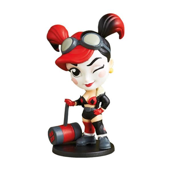 Exclusive Colour Variant Harley Quinn Bombshells Figure £2.99 + £1.99 @ Zavvi & 8.4% TCB