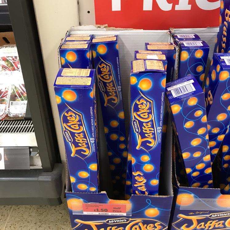 Sainsbury's 48 Jaffa Cakes Xmas Tube £1.50