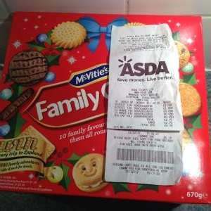 McVities Family Circle Biscuits 670g now £1 Asda