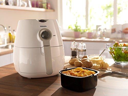Philips HD9220/50 Healthier Oil Free Airfryer - White £74.99 Amazon