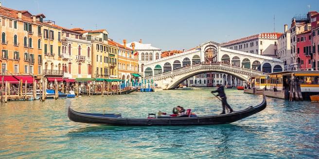 £99pp – 3-night Venice city break in Mestre inc flights @ Travelzoo