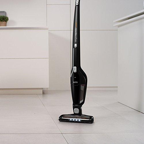 AEG AG3103 cordless Li-ion vacuum cleaner