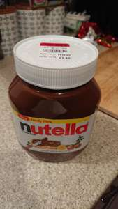 1kg jar of Nutella, £2.40 INSTORE at Debenhams