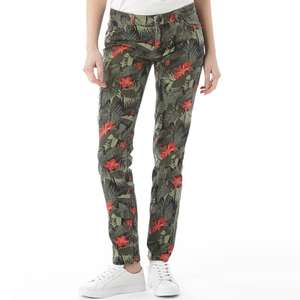 Black pattern jeans skinny size 8 only £2.99 + £4.49 delivery @ M&M Direct