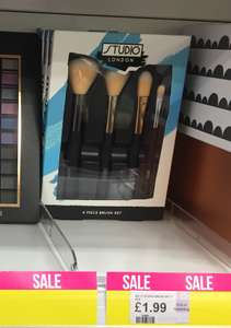 Lots of Studio Makeup brushes 49p Superdrug instore! Inc Eyeshadow, foundation fan contouring and brow brushes 4pack foundation set just £1.99