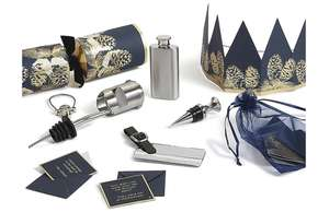 Reduced from £30 - M&S Luxury Navy & Gold Pine Cone & Conifer Christmas Crackers Pack of 6 £12 - Free c&c