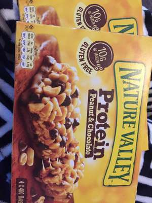 2x 4 pack Nature Valley Protein bars Peanut & Chocolate £1.50 @Fulton Foods or £1 each cereal