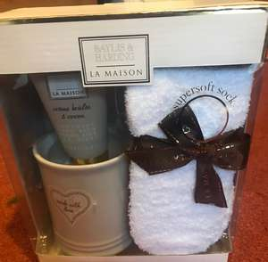 Bayliss and harding la Maison mug and sock gift set - 50p instore @ Sainsbury's